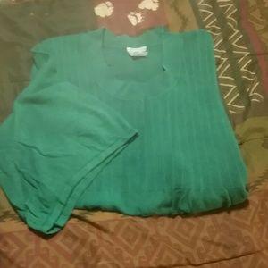 Green sweater, long in length & short sleeve
